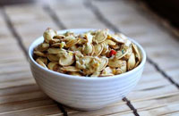 thai-spiced pumpkin seeds